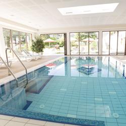 Schwimmbad im Lanersbacher Hof in Tux